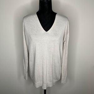 H&M oversized Gray V-Neck Sweater Size S